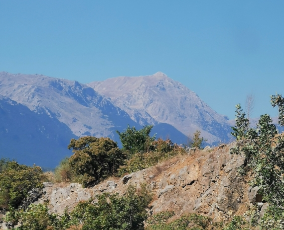 Ráno a přejezd přes hory